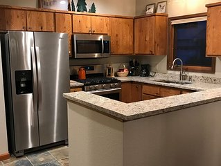 Fantastic Townhouse on Golf Course in Ridgway