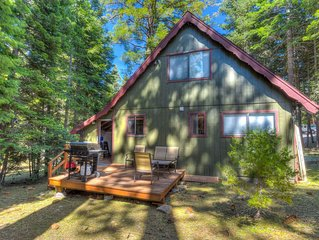 Cozy Tahoma cabin w/ gas BBQ, 5 mins to Homewood Resort, very close to lake, Sma