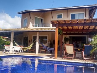 Belissima casa, 5 suites, piscina, Cond Paraiso, com espaco infantil!