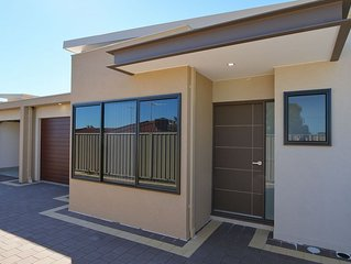 Sunshine Villa Spearwood - Near Fremantle