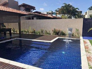 Casa com piscina na praia dos milionários