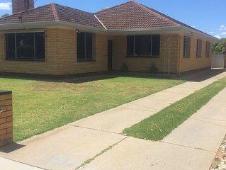Murphy House - Central Yarrawonga