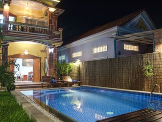 Private villa 4 Badrooms and Pool +Free Pick up +Free Breakfast