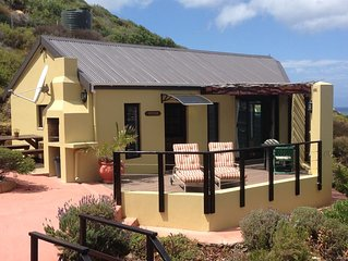 Beautiful Cottage with wonderful sea views and indigenous, 'fynbos' garden