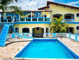Casa com piscina 5 quartos sendo 2 suites em Mongagua