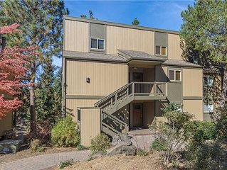 Private, one bedroom condo in Bend w/Loft and gas fireplace