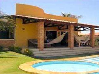 Casa frente ao Beach park  á 200 metros da praia Porto das dunas