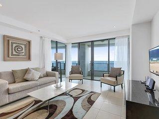 Level 30 2 bedroom direct ocean views