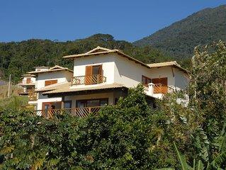 Casa, 4 suites, 10 pessoas a 5 mins da Praia do Curral. Muita beleza e conforto