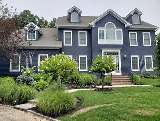 Luxury home 1 Mile from Greenport in an exclusive private beach community