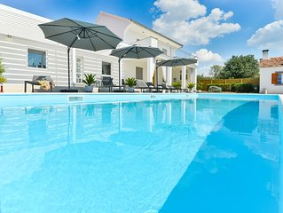 Holiday home with private pool …all you need for a perfect getaway!