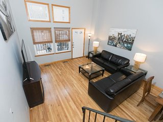 Sleeps 14 - 4 Bedroom - 2.5 Bath - 8 Beds - BBQ - Patio - Just 7 Minutes to NYC