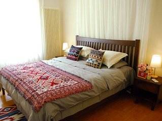 2 bedroom apartment for rent in the center of Beijing in Guomao subway area.