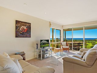 Beach Breakers Apartment - Stunning Views