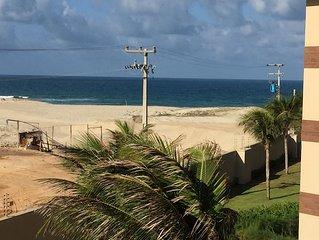 Apt luxo em comp. turistico beira da praia c 4 suites c splits, comp 10 pessoas
