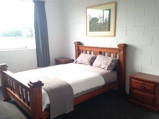 Dusk2Dawn Accommodation Lilydale Northern Tasmania.