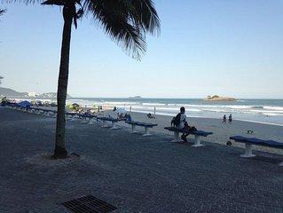 Guarujá - Praia de Pitangueiras - Residencial com serviços e lazer