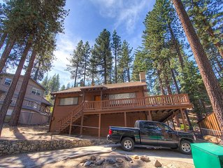 Zephyr Cove Cabin w/BBQ, Fireplace, Pets OK, Fenced Yard, Buoy (NVH1001)