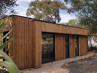 Property ID: 010AS120 Little birdie in Anglesea