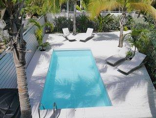 Soleil Blanc, gorgeous 1 bedroom villa, ocean front, private pool