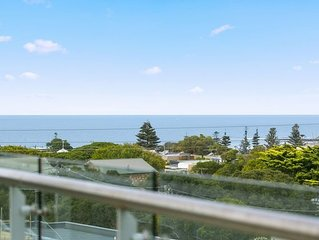CENTRAL TORQUAY - WHITEWATER APARTMENT 201 T1173