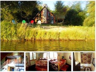 On Intermediate Lake ~ Upper Loft Bed-Bath w/Breakfast,  Couples Get-A-Way