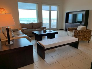 Luxurious Condominium 3 Bedrooms In Peninsula Resort At The Beach