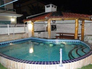 Casa bem mobiliada, tudo novo, piscina, churrasqueira.
