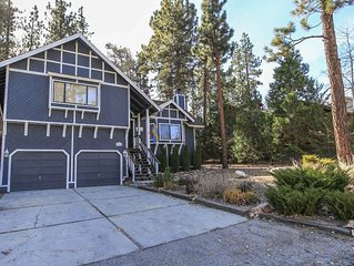 Star Gazing 4 BR Spacious Moonridge Central Chalet