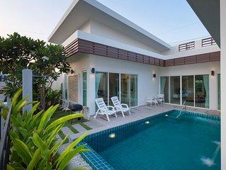 Relax Private Pool Villa (P37)