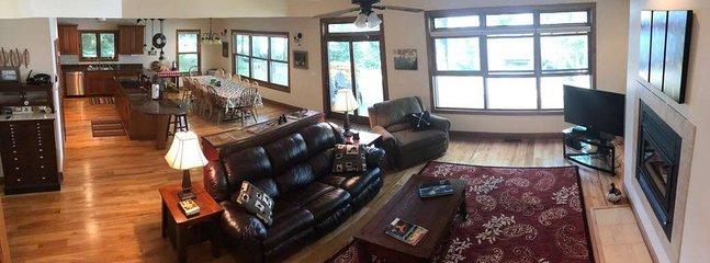 Piso principal sala de estar