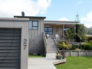 Family Bach Close to Beach and Surf Club