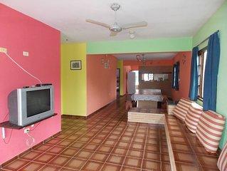 Casa de Praia para 15 pessoas com piscina, Wi-fi e SKY - Maranduba
