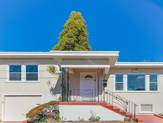 In the Heart of Berkeley, CA! Charming 2BR Home