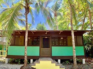 BEACH FRONT HOUSE, SLEEPS 4
