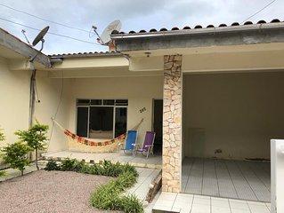 Casa em Governador Celso Ramos/SC com 3 quartos e garagem