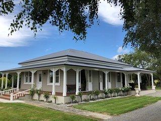 Goldcreek Country Villa