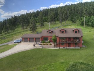 Spearfish Overlook!!  Convenience, privacy, and stunning views!  Great location!