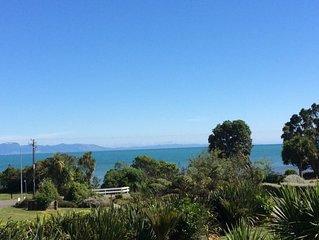 Virtually Beachfront, Stunning Views