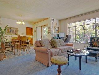 1 mile UCLA Private Bedroom, shared Bath Best West LA Neighborhood:  Westwood