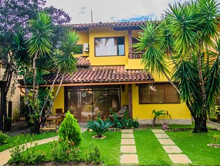 Linda Casa em condominio seguro,  frente a praia , ao lado do Parque Aquatico***