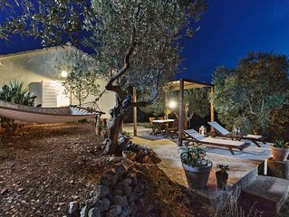 Charming house located in the most beautiful Adriatic archipelago, Pakleni