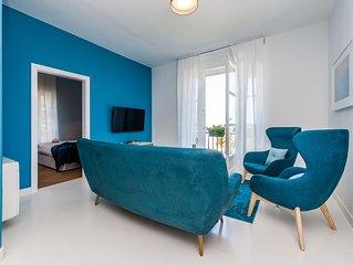 Extraordinary Seaview Apartment with balcony