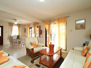 Sungold House: Ginger Lily Apartment