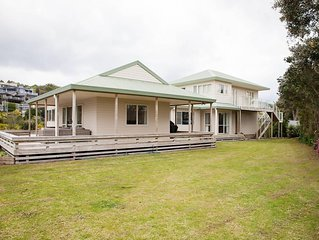 #Waihi Beach Hive❤️300m to Beach❤️Huge Family Bach �Pet Friendly