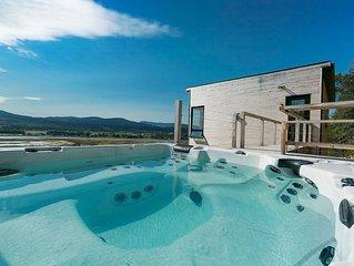 HOTEL A LA MAISON - Panache! superbe panorama, Spa et Fleuve!