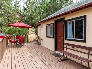 2 B/R TOP RATED  Private Historic Cabin A/C