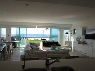 (On the Beach) Private Luxury 4 Bedroom House