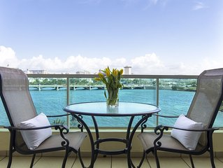 Condado Laguna Suite   Waterfront 1 Bedroom in Trendy San Juan Location