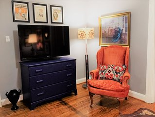 3 BR - Fun & Cozy Frankfort Ave - Best Location!!!